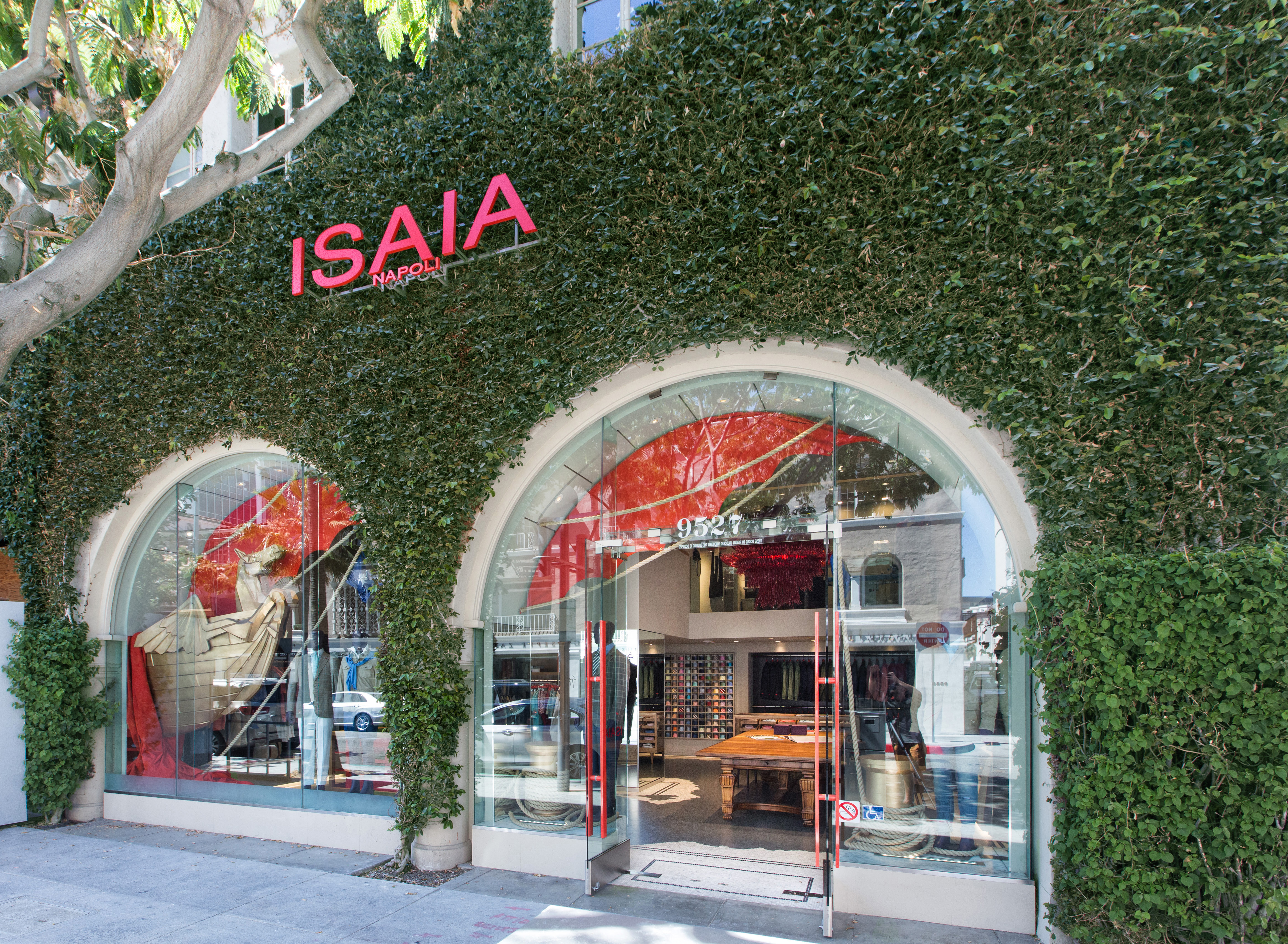 Isaia's Boutiques