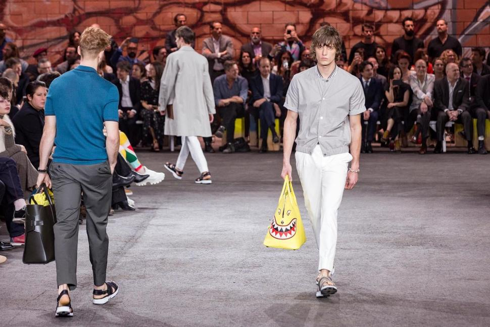 Free Spirited Looks From Hermès 2017 Spring/Summer Collectio