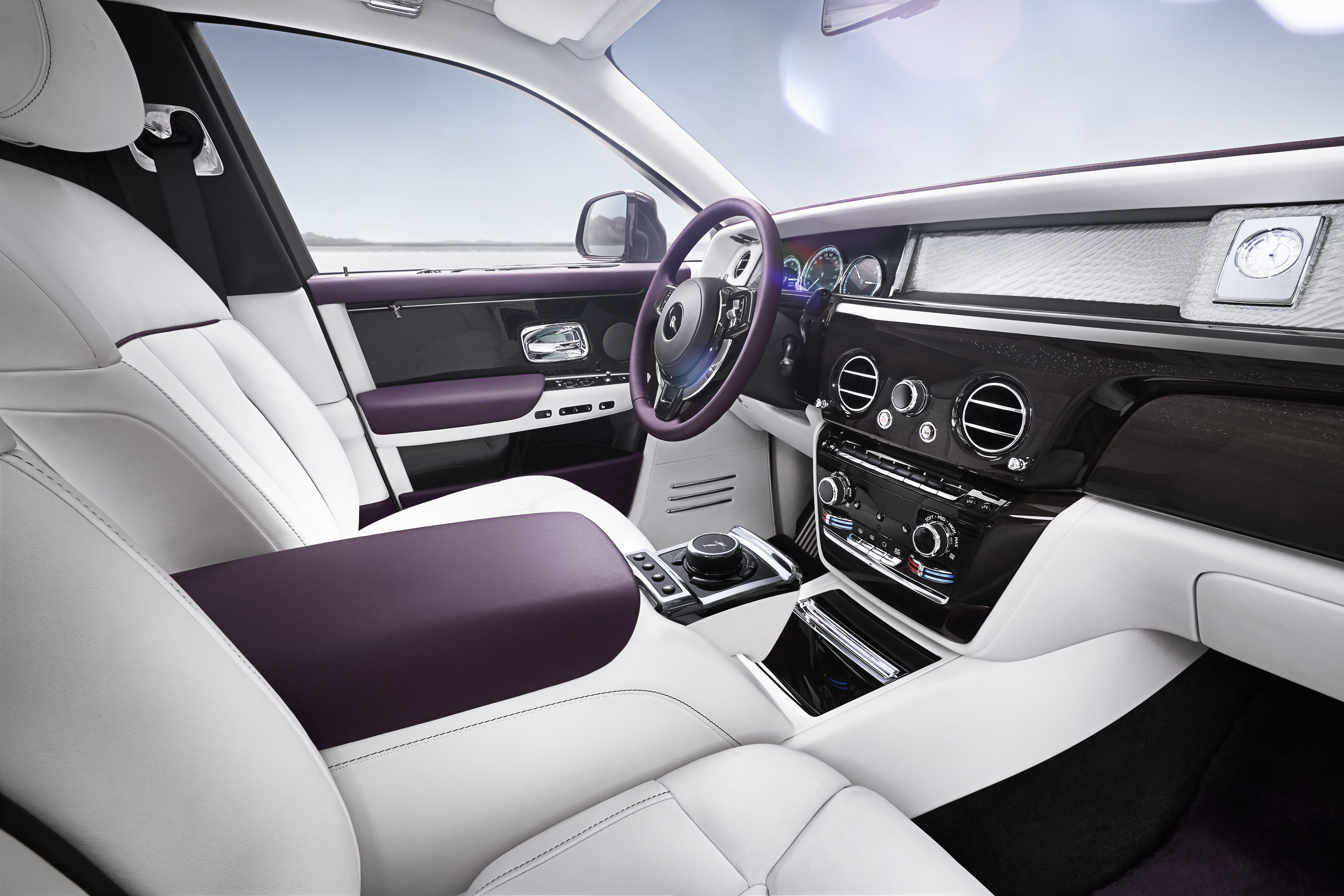 Rolls Royce's New Phantom VIII: The Best car in the world