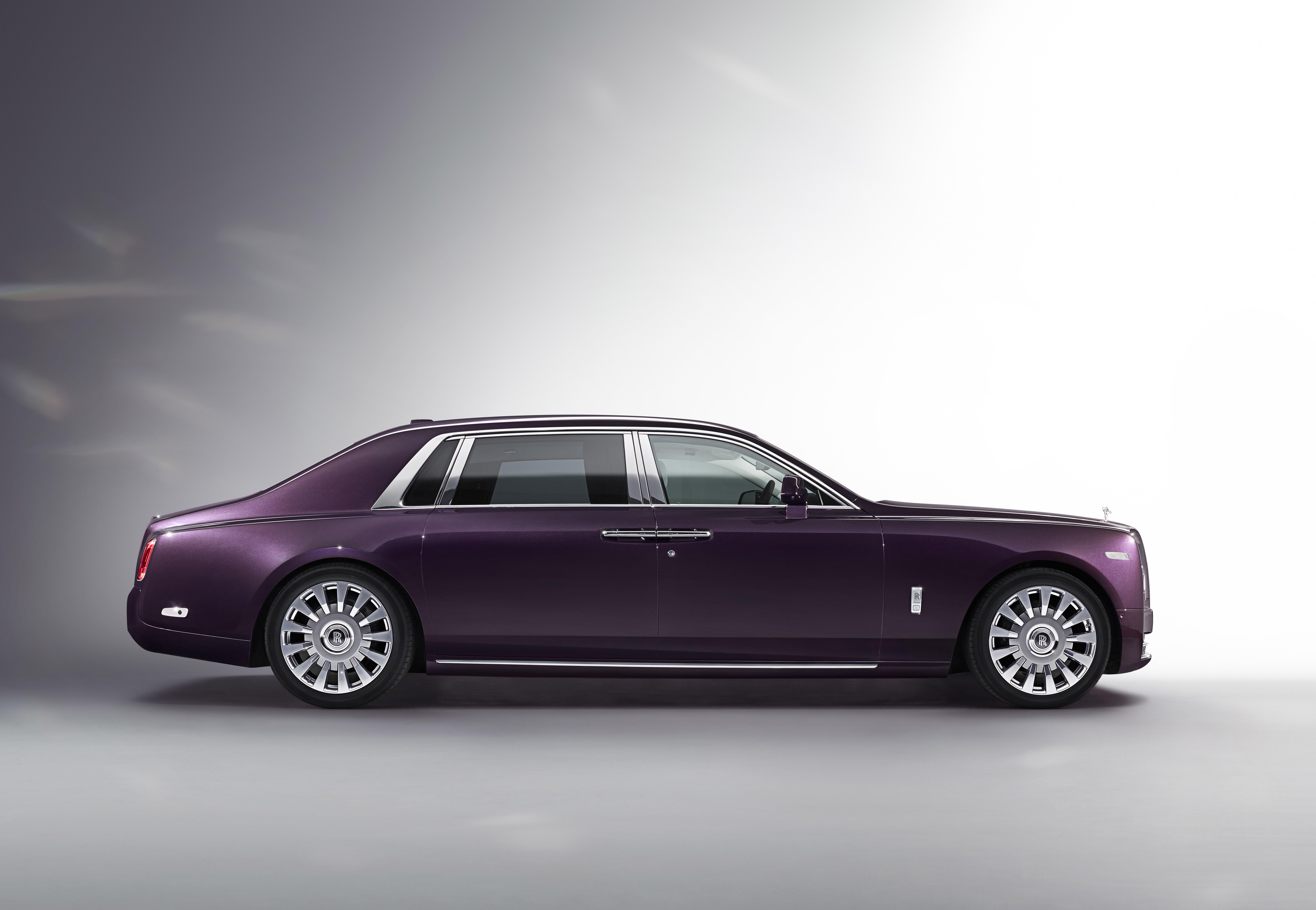 Rolls Royce's New Phantom VIII: The Best car in the world