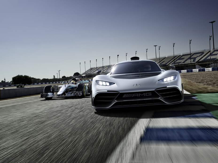 Mercedes-AMG Unveils The $2.5M Project ONE Hyper-car