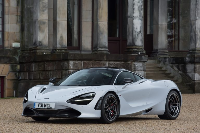 McLaren 720s Named Performance Car of The Year