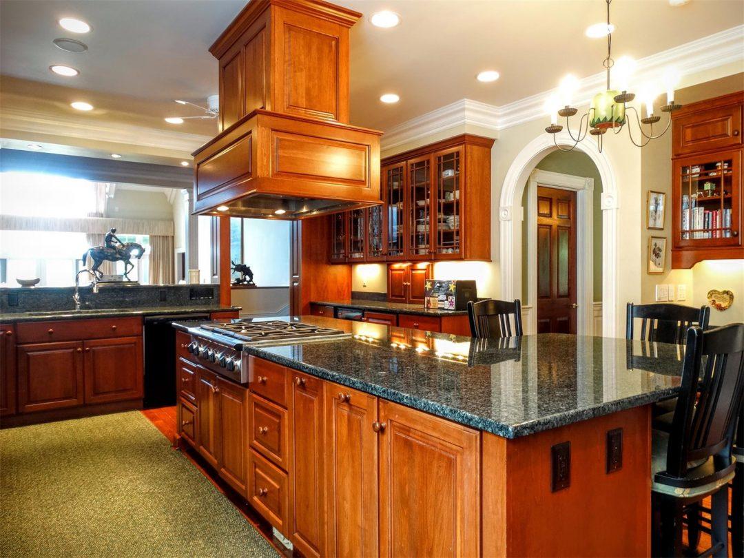 Kitchen Cabinets Bloomington Il