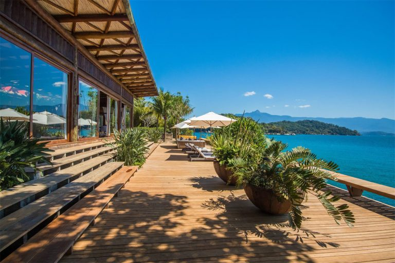Angra dos Reis: 32 Acre Private Island Complete with Helipads