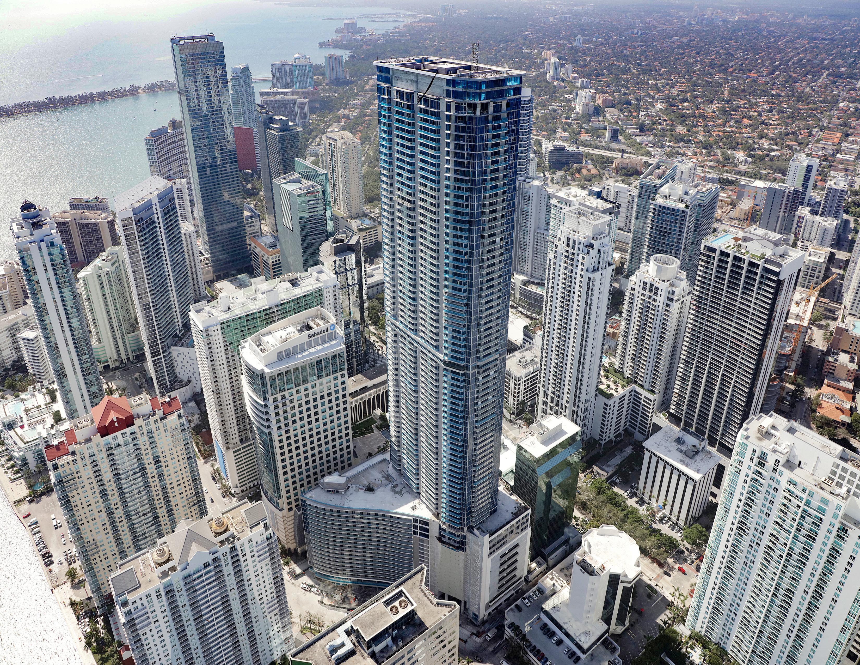 Living With A Panoramic View: Miami's Panorama Tower