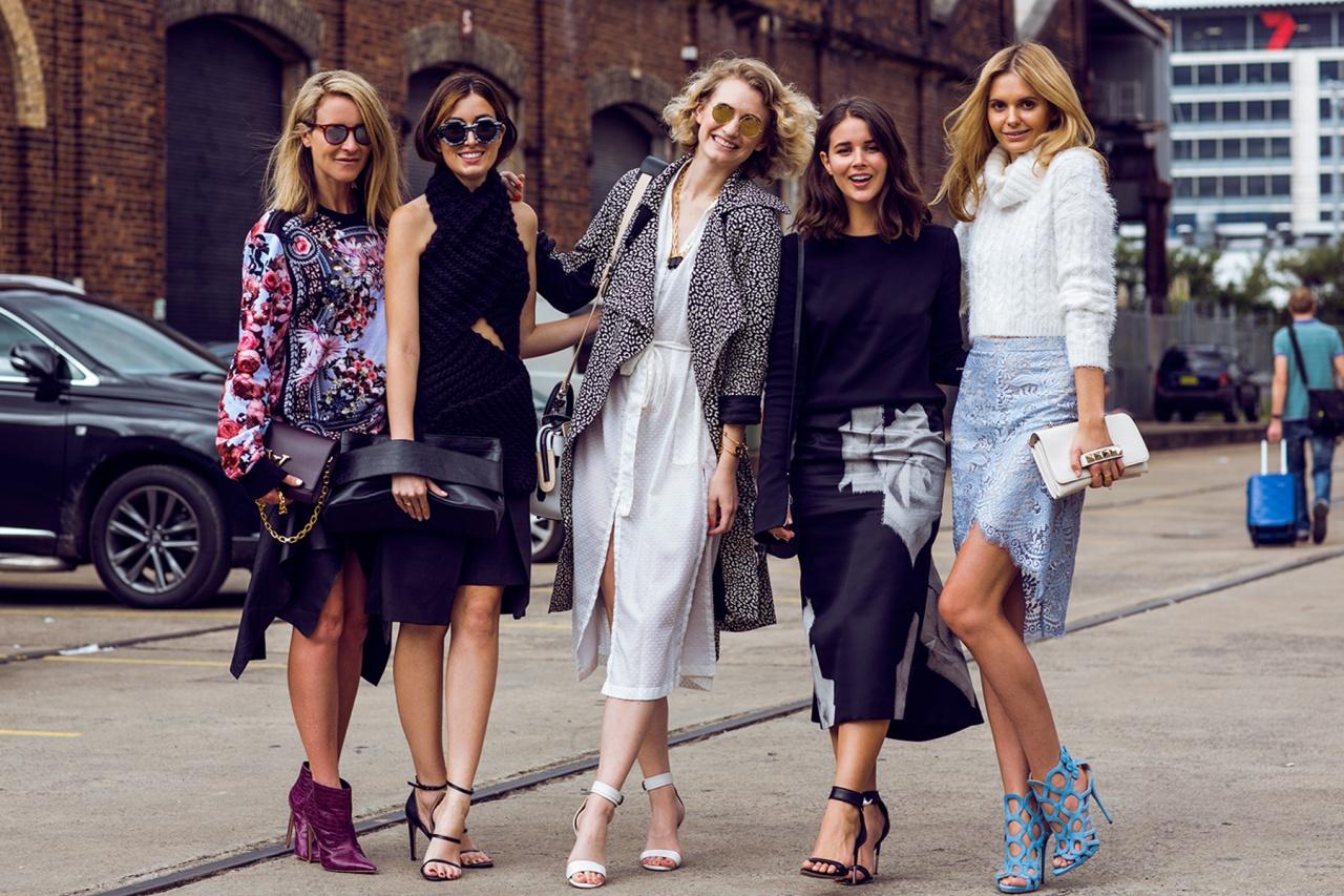 blogger advising ladies